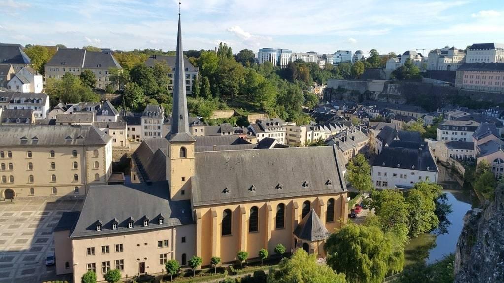 Quelles sont les prévisions météorologiques dans 15 jours au Luxembourg ?